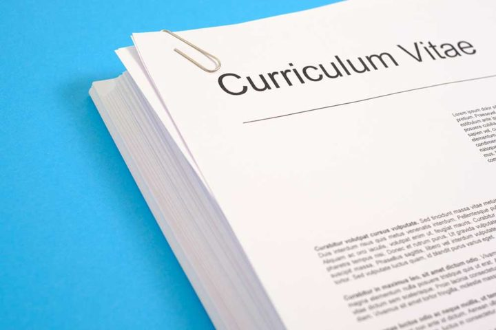 How to Write a Strong and Good Selling CV