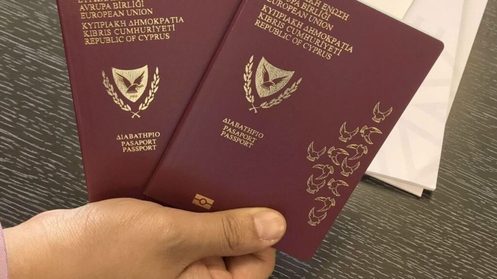 IT immigration to Cyprus: life on the island in detail